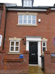 Thumbnail 4 bed property to rent in Russell Street, Kettering