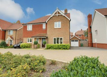 Thumbnail 4 bed detached house for sale in Hastings Avenue, Cheshunt, Waltham Cross