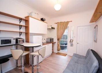 Thumbnail Studio to rent in Biscay Road, Hammersmith