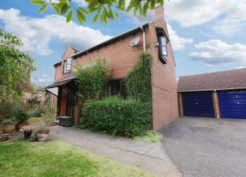 Thumbnail 4 bed detached house for sale in Orchard Close, Shillingford, Wallingford