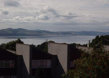Thumbnail 2 bed flat to rent in Dochart Terrace, Dundee