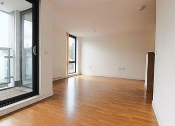 Thumbnail 2 bed flat to rent in Triangle Road, London Fields, London