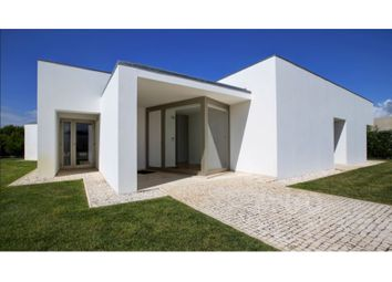 Thumbnail 4 bed detached house for sale in Vau, Vau, Óbidos