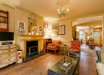 Thumbnail 6 bed detached house to rent in Petyt Place, London