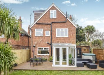 Thumbnail 5 bedroom detached house for sale in Grove Crescent, Walton-On-Thames
