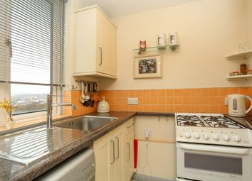 Thumbnail 2 bedroom flat to rent in Furze Hill, Hove