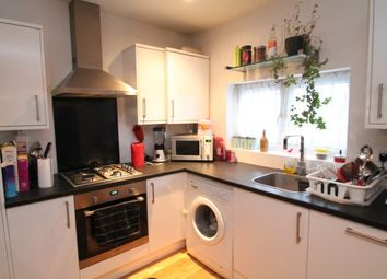 Thumbnail 2 bed flat to rent in Palace Grove, Bromley