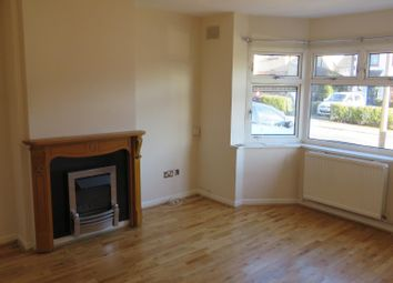 Thumbnail 4 bed property to rent in Deaconsfield Road, Hemel Hempstead