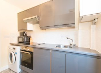 Room to rent in Glandford Way, Goodmayes-Chadwell Heath, Near Romford RM6