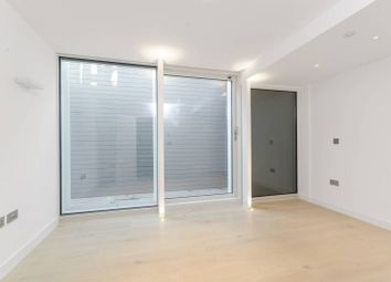 4 bed property for sale in Fulham Road, Fulham, London SW6
