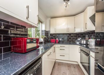 1 bed flat for sale in Scotts Avenue, Sunbury-On-Thames TW16