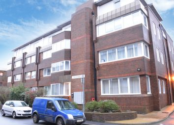 Thumbnail 2 bed flat to rent in Cantelupe Road, East Grinstead