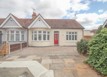 Highfield Close, Westcliff-On-Sea SS0. 3 bed semi-detached bungalow
