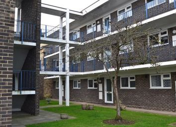 Thumbnail 2 bedroom maisonette for sale in Goldlay Avenue, Chelmsford, Essex