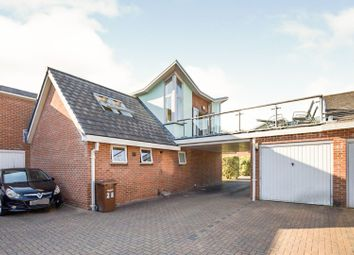 2 bed detached house for sale in Deering Close, Chatham ME4