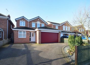 Thumbnail 4 bed detached house for sale in Avon Way, Hilton, Derby