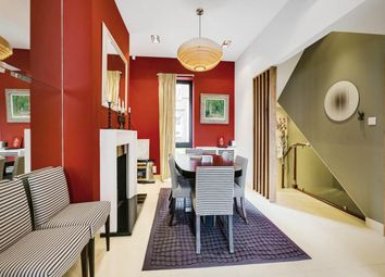 3 bed maisonette to rent in Redesdale Street, Chelsea SW3