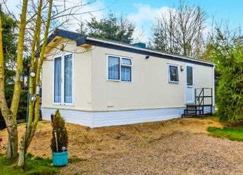 Thumbnail 2 bed mobile/park home for sale in Belle Eau Park, Bilsthorpe, Newark