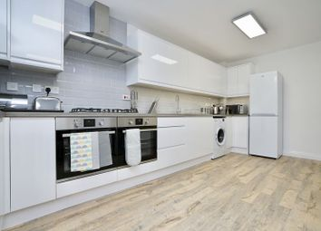 Thumbnail Room to rent in Collinson Crescent, Sapley, Huntingdon