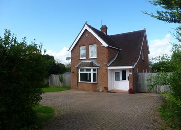 Thumbnail 3 bedroom detached house to rent in Andlers Ash Road, Liss