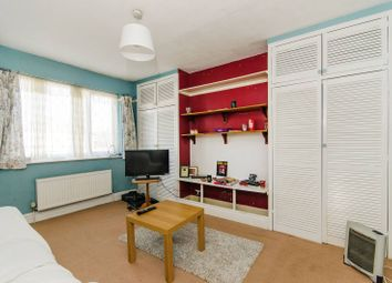 Thumbnail 1 bed flat to rent in Wykeham Road, Harrow