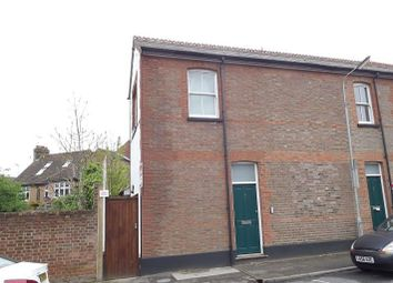 Thumbnail 1 bed flat to rent in Etna Road, St Albans