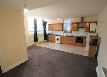 Thumbnail 2 bedroom flat to rent in North Road, Westcliff-On-Sea