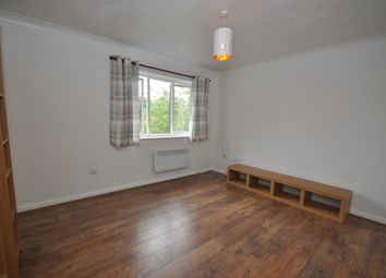 Thumbnail 1 bed flat to rent in Highfield Road, Billericay