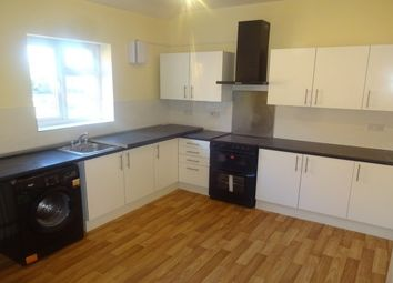 Thumbnail 3 bed flat to rent in Bescot Road, Walsall