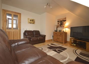 Thumbnail 2 bed flat for sale in Mid Street, Kirkcaldy