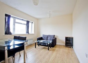Thumbnail 2 bed flat to rent in Hendon Way, Golders Green, London