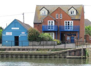 Thumbnail 2 bed flat to rent in Ferry Court, Wilsham Road, Abingdon-On-Thames