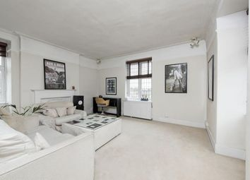 Thumbnail 3 bedroom flat to rent in Hazelbourne Road, London