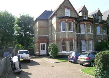 1 bed flat to rent in Surbiton Hill Park, Surbiton KT5