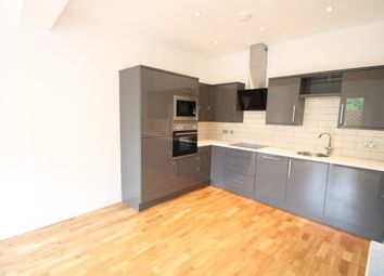 Thumbnail 2 bed flat to rent in Hastings Road, Bromley