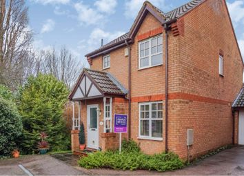 3 bed link-detached house for sale in Brunswick Place, Banbury OX16