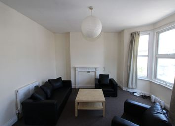 Thumbnail 2 bed flat to rent in Listria Park, London