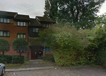 1 bed flat to rent in Grace Close, Pavilion Way, Edgware HA8