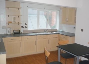 Thumbnail 2 bedroom flat to rent in New Briggate, Leeds
