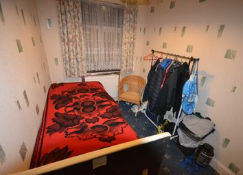 Thumbnail Room to rent in Trinity Avenue, Enfield