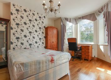 Thumbnail 3 bed flat to rent in Camden Street, London