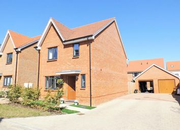 Thumbnail Detached house for sale in Lorimer Grove, Arborfield Green