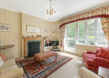 Wiltshire Close, Chelsea SW3. 3 bed flat