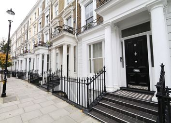 Thumbnail 1 bed flat to rent in Collingham Place, Kensington