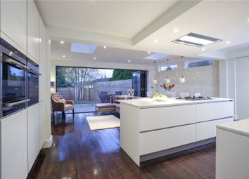 Cheapside Road, Ascot, Berkshire SL5. 3 bed detached house for sale