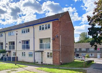3 bed maisonette to rent in Brookhouse Road, Farnborough GU14