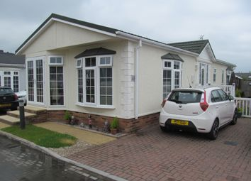 Thumbnail 2 bed mobile/park home for sale in Hayes Country Park (Ref 5915), Battlebridge, Wickford, Essex