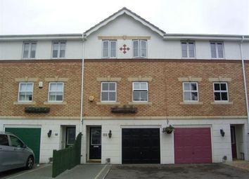 Thumbnail 4 bed property to rent in Bancroft Chase, Hornchurch