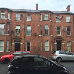 Thumbnail 2 bedroom flat to rent in Fitzroy Avenue, Belfast