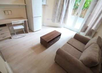 Thumbnail 1 bedroom flat to rent in Hart Hill Drive, Luton